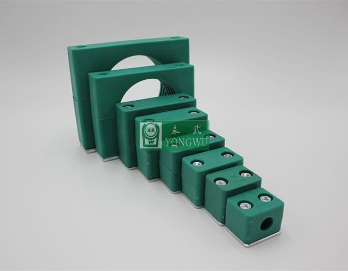 轻型内六角双螺栓管夹